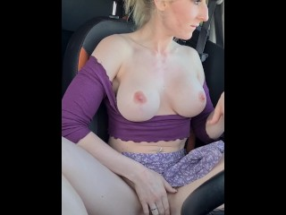 Porn recording bloopers, carsex by blonde bimbo